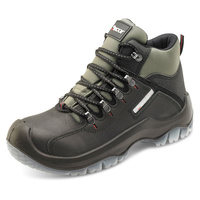 Traxion Heavy Duty Weatherproof Boots Black